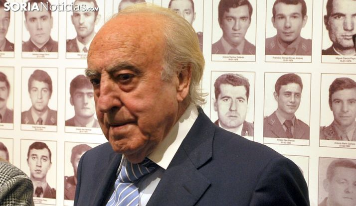 Emiliano Revilla, este lunes en la muestra sobre la historia de la Guardia Civil en Soria. /SN