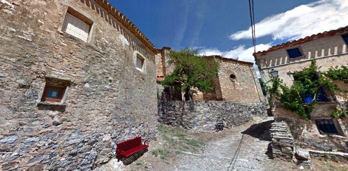 Una calle de La Cuesta, pedanía de Villar del Río.