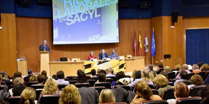 Foto 1 - La prevención de riesgos laborales del Sacyl contempla 45 medidas en el ámbito sanitario