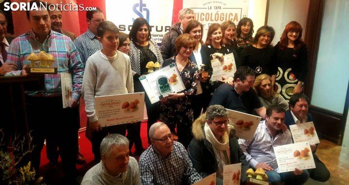 Imagen de los premiados esta noche de martes. /SN
