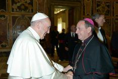 El encuentro entre Abilio Martínez Varea, Obispo de Soria, y el Papa Francisco.