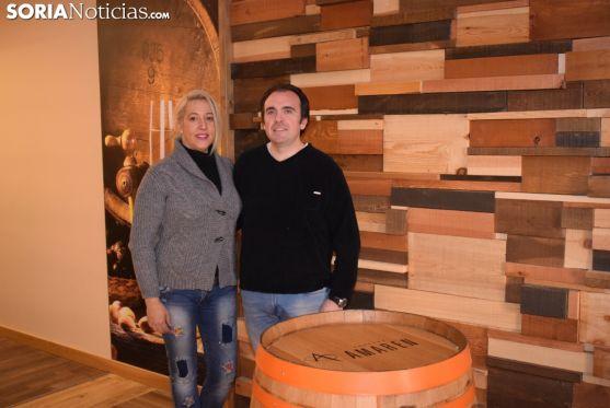 Carlos Alonso Omeñaca y Rosalba Andrés, en el Restaurante Yantar.