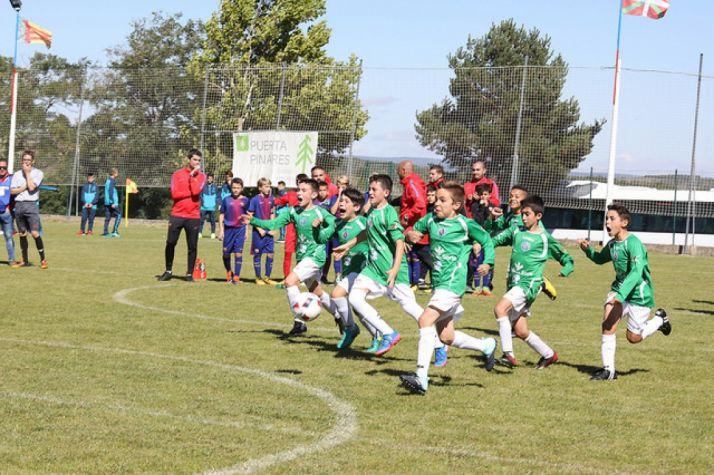 Triunfo colegial en la final de la Pinares Cup. Pinares Cup.