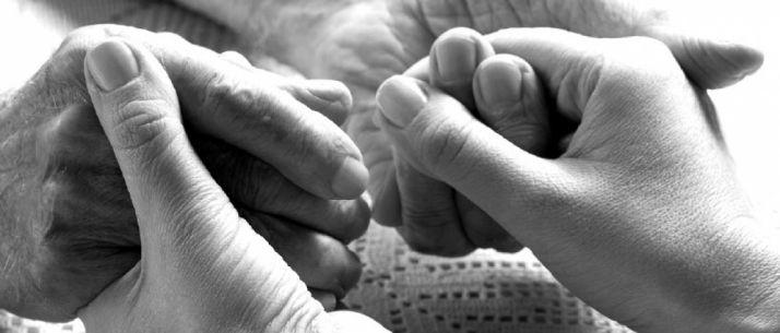 Foto 1 - El Procurador del Común pide a la Junta que reconozca a los enfermos de Alzheimer como personas mayores con discapacidad