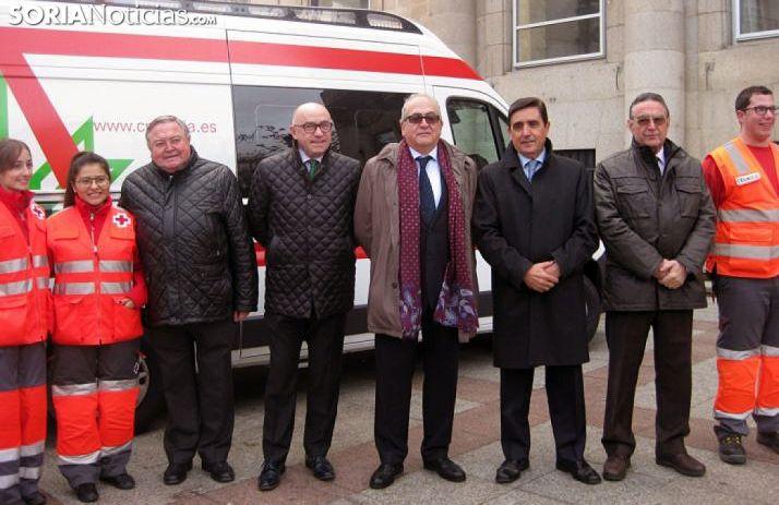 Imagen de la entrega oficial del vehículo este miércoles. /SN