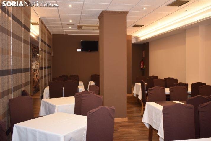 Instalación del Restaurante Yantar.