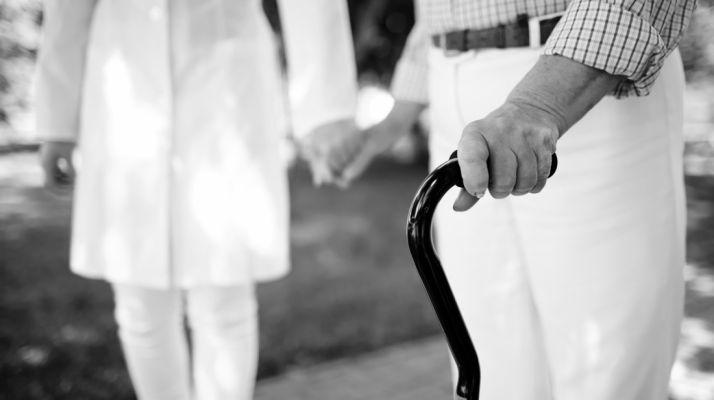 Foto 1 - La Junta regula la obtención de las habilitaciones de ayuda a domicilio, gerocultor y cuidador