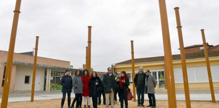 Imagen del patio del colegio Virgen del Rivero tras la actuación. /Jta.
