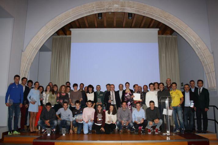 Premiados en la gala del triatlon regional 2017 en Burgos. /FedeTriatlonCyL