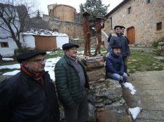 Foto 2 - GALERÍA. Valdegeña inaugura su 'homenaje' a la boina