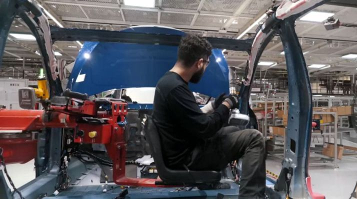 Una cadena de montaje de Tesla. /Tesla Motors