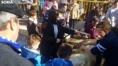 Matanza del cerdo al aire libre en San Leonardo
