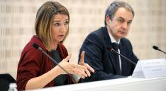 Alicia García y José Luis Rodríguez Zapatero este martes en el 'Foro de Contratación Socialmente Responsable'.