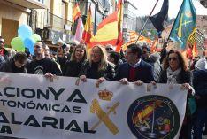 Foto 4 - Setecientas personas reclaman en Soria la equiparación salarial de policías y guardias civiles