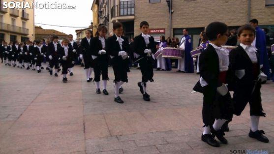 Alumbrantes de la Vera Cruz en la Semana Santa de Ágreda. /SN