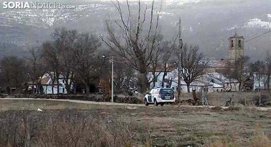 Un vehículo de la Guardia Civil este fin de semana en Valdeavellano. /SN