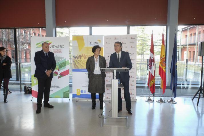 Foto 2 - La Junta muestra el potencial innovador de la Incubadora de Empresas Biotecnológicas a sus socios europeos