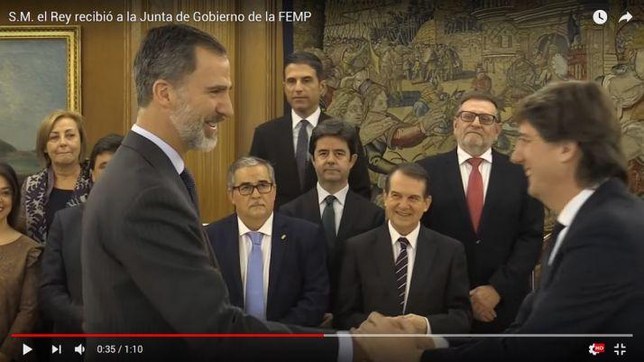 Don Felipe y Carlos Martínez este miércoles./Casa Real