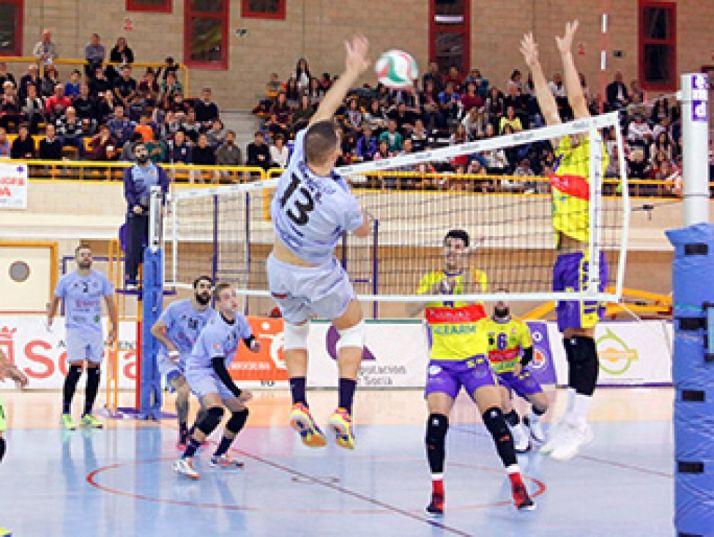 Contienda entre el Río Duero y el Ushuaïa Ibiza en Soria. Federación de Voleibol.