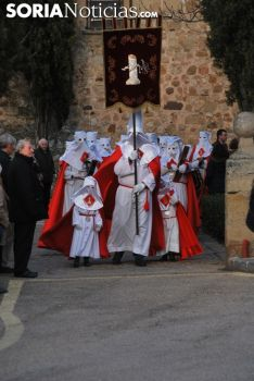 Una imagen del Vía Crucis de este Lunes Santo. /SN