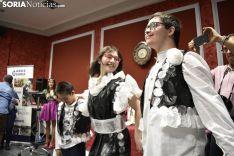 Desfile de Tocados y Trajes de Baile Míticos de Ande 2018.