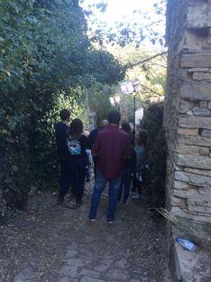 El equipo de Contubernio durante una de las jornadas de grabación en Valdelavilla.