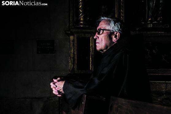 Francisco Jimeno, en uno de los bancos de la iglesia de Santo Domingo. Carmen de Vicente.