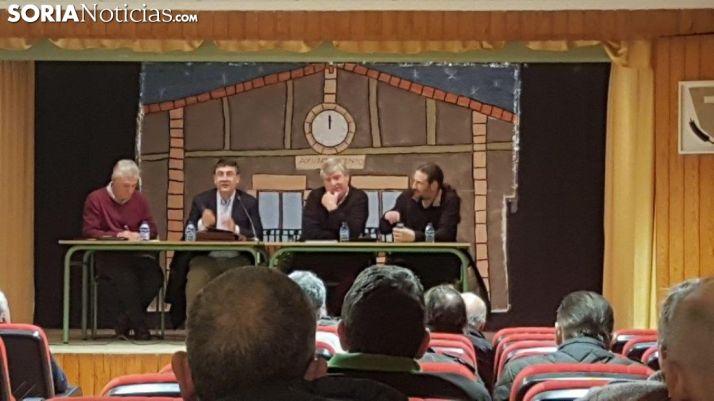 Reunión alcaldes y madereros