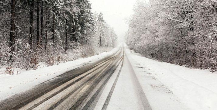 Foto 1 - Seis carreteras de la provincia mantienen cerrado el paso a camiones y autobuses