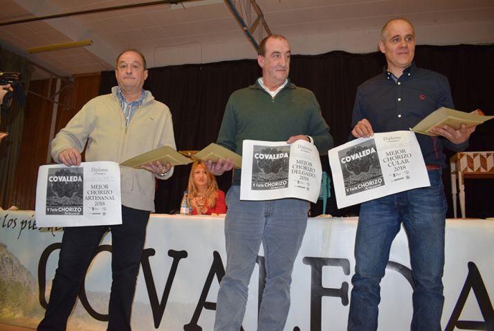 GALERíA DE IMÁGENES: Embutidos Z, Cárnicas Arche y Javier de Pablo, ganadores del V Concurso 'El mejor chorizo del mundo' de Covaleda