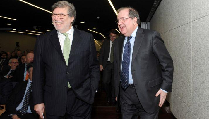 Herrera (dcha.) y Aparicio esta tarde de jueves en Valladolid. /Jta.