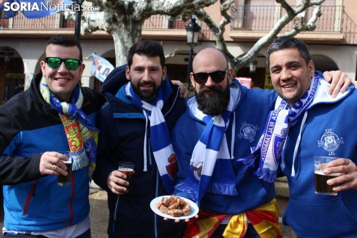 La afición del Real Zaragoza, en Soria. Bernat Díez