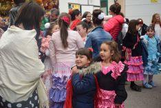 Foto 6 - Galería de imágenes: Arranca la Feria del Calaverón con sevillanas y de manzanilla