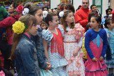 Foto 2 - Galería de imágenes: Arranca la Feria del Calaverón con sevillanas y de manzanilla