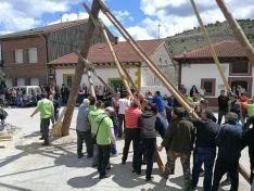 Foto 2 - Las pingadas de los Mayos se reviven en Molinos, Navaleno y San Leonardo