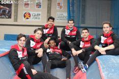 Algunos integrantes del Atletismo Numantino en las instalaciones del CAEP.