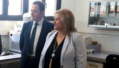 Manuel Laínez y Yolanda de Gregorio este jueves en el Centro de los Alimentos.