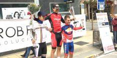 Mateo González, en lo alto del podio este domingo.