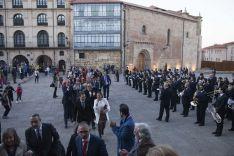 Foto 3 - Un paseo de lo más oficial hacia la Audiencia (Galería de imágenes)