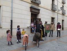 El Virrey Palafox ha celebrado el tradicional encierro de cochinas para los más pequeños