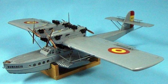 La aeronave Numancia.