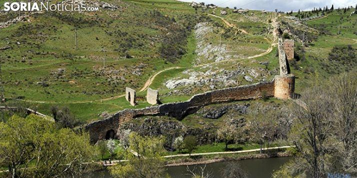 Tramos de muralla junto al Duero a su paso por la ciudad. /SN