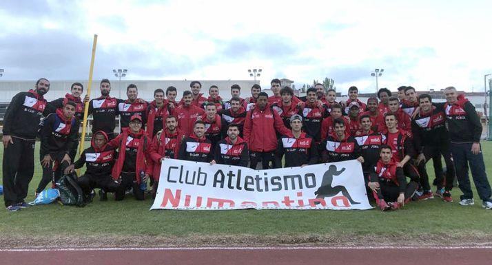 Foto 1 - El Numantino arranca con fuerza en la Liga de Clubes