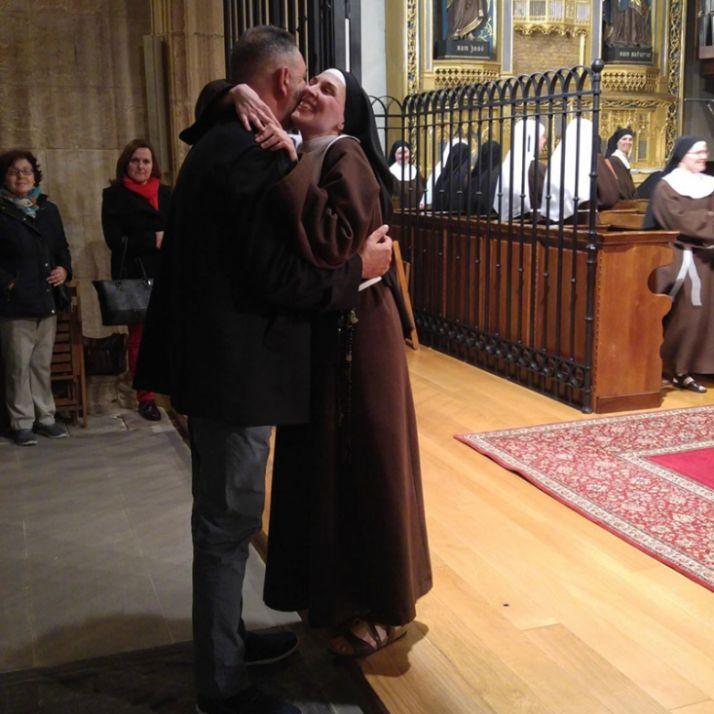 Sor Raquel María saluda a su familia.