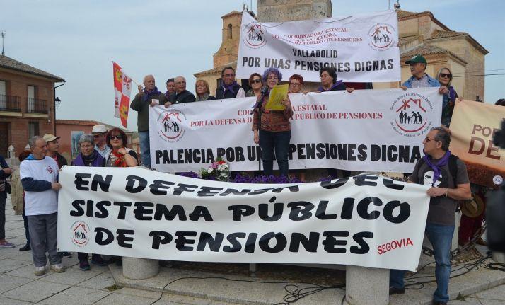Foto 1 - Pensiones y Sanidad protagonizan las reivindicaciones en Villalar