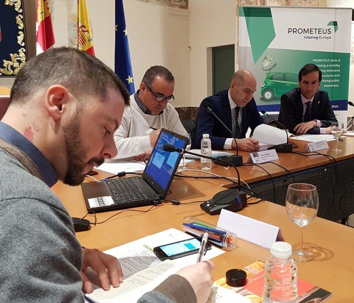 Foto 1 - La Junta muestra sus iniciativas en movilidad eléctrica a cuatro países europeos