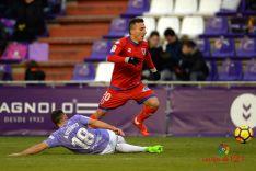 Foto 3 - El Real Valladolid corta el ritmo del Numancia (0-1)