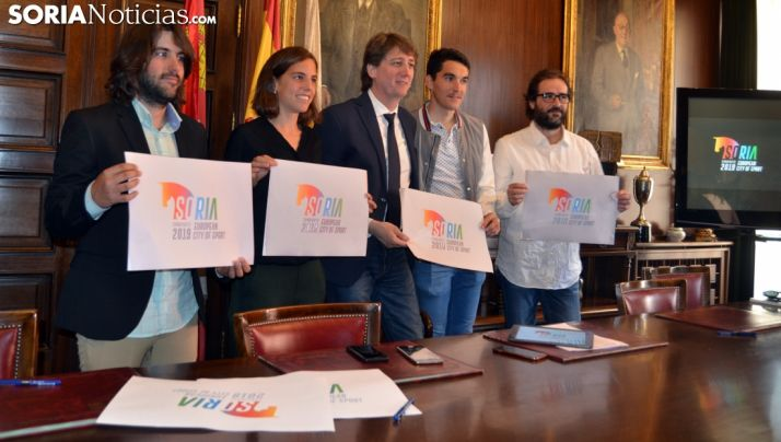 Daniel Berná, (izda.), Marta Pérez, Carlos Martínez, Daniel Mateo y Alfonso Pérez. /SN