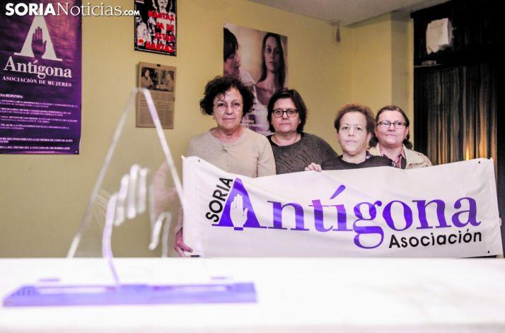 Imagen de archivo de representantes de Antígona.