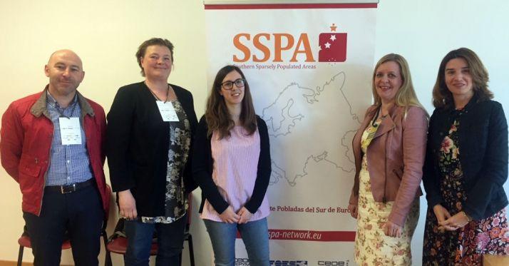 Foto 1 - Representantes de las áreas despobladas del sur y norte de Europa, en Soria
